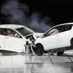 La voiture qui évite l'accident