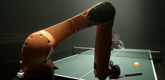 Le robot champion de ping-pong